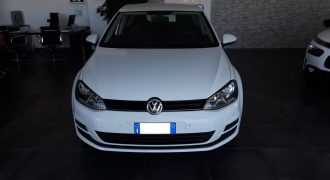 VW Golf 1.6 TDI Business 105Cv